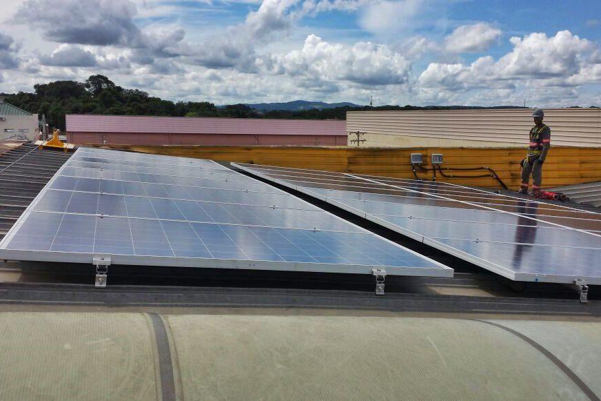 Foto de projeto comercial da Solstício Energia